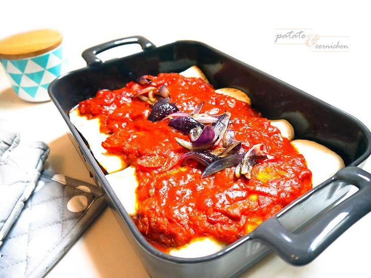 Enchiladas aux légumes (tomates, poivrons, oignons) sauce arrabbiata