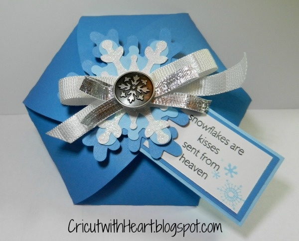 Cricut with Heart: Snowflake Box with Artiste