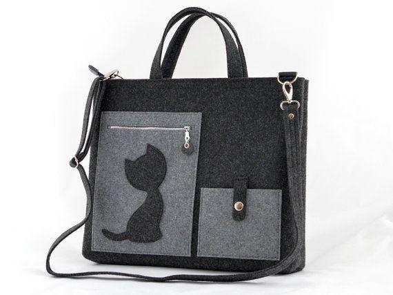 Laptop Felt Bag with a Cat Messenger Grey big Size by GreenSheepPL