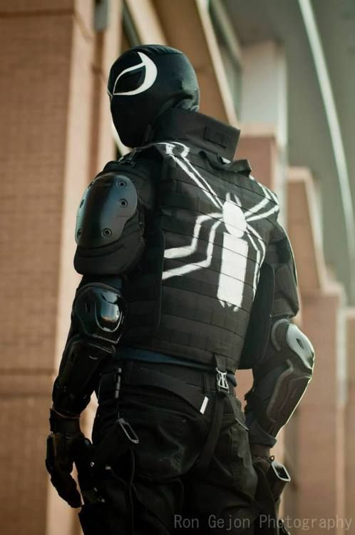 Agent Venom (Marvel Comics) at Connecticon 2014