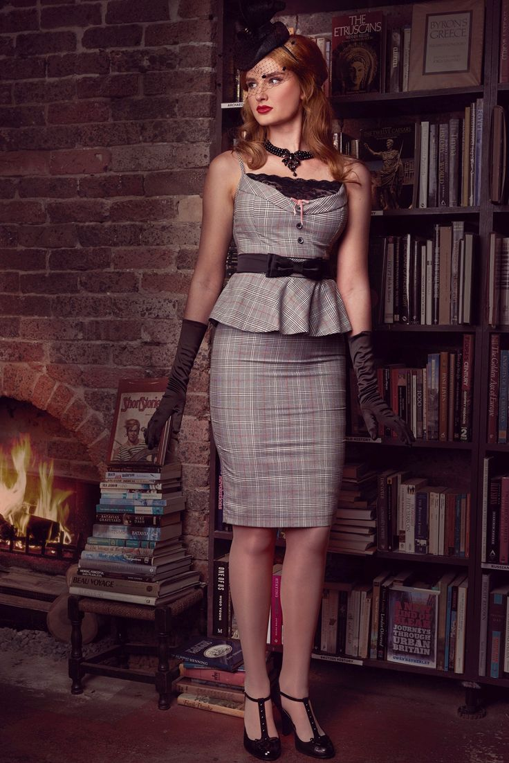 Girl Friday Wiggle Skirt