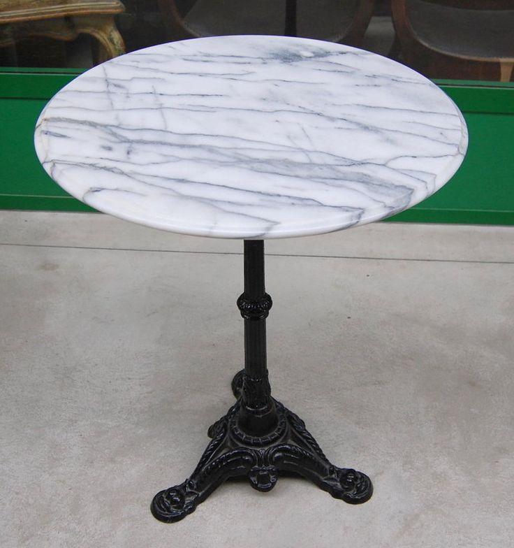 Tavolino da bistrot metà '900 piano in marmo diametro 59 cm gamba in ghisa