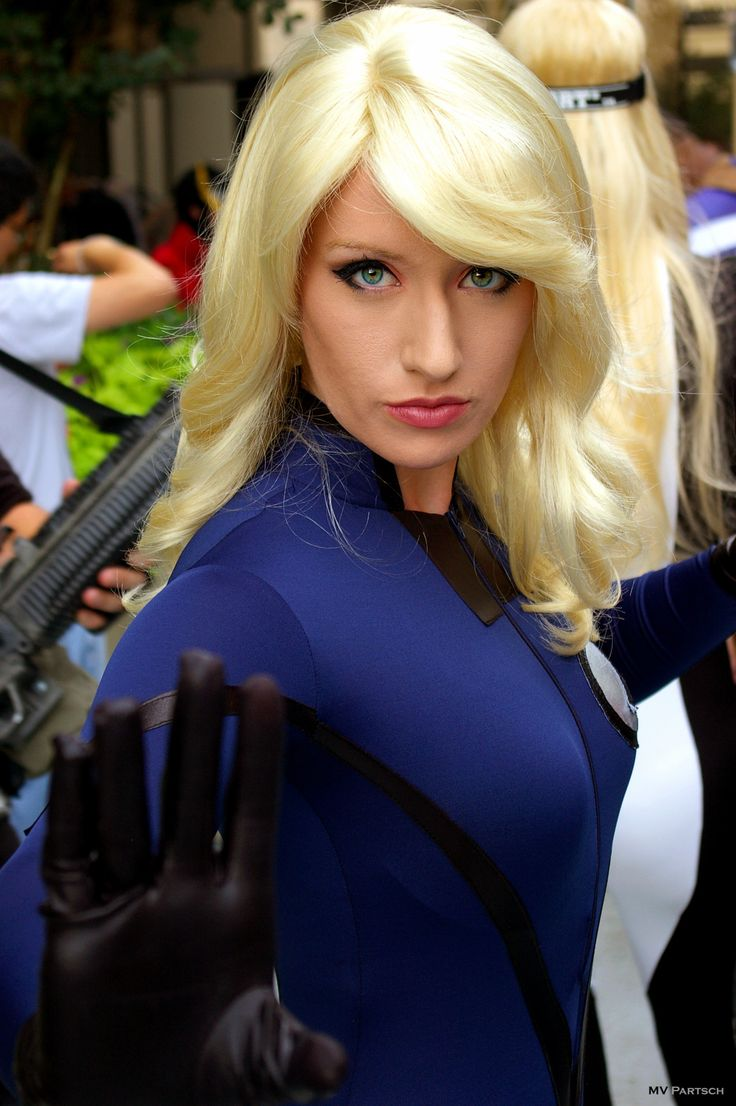 Invisible Woman Cosplay 21 best images about F...