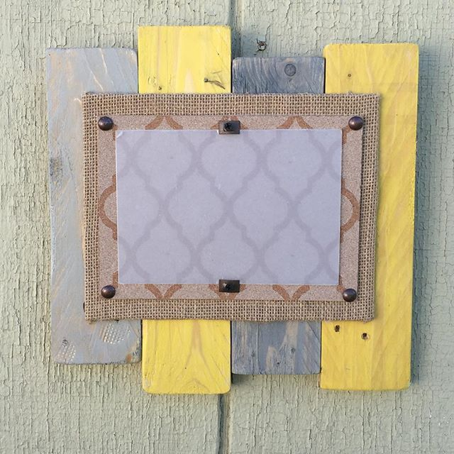 Are these gloomy days and lack of sunlight bringing you down? Me too! That's why I made this cheery yellow pallet picture frame. A little change from our normal neutral repertoire, this sunshine frame holds a 5x7 photo.  Reclaimed Wood Picture Frames
