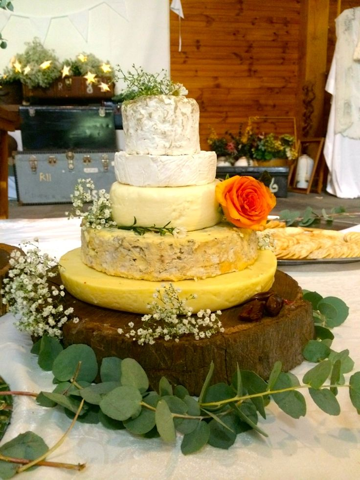 "The beautiful ""cheese cake""... #ivyandmoss #eventstyling #cheese #cheesecake #weddingcake #countrywedding #flowers #megalongfarm #styling"