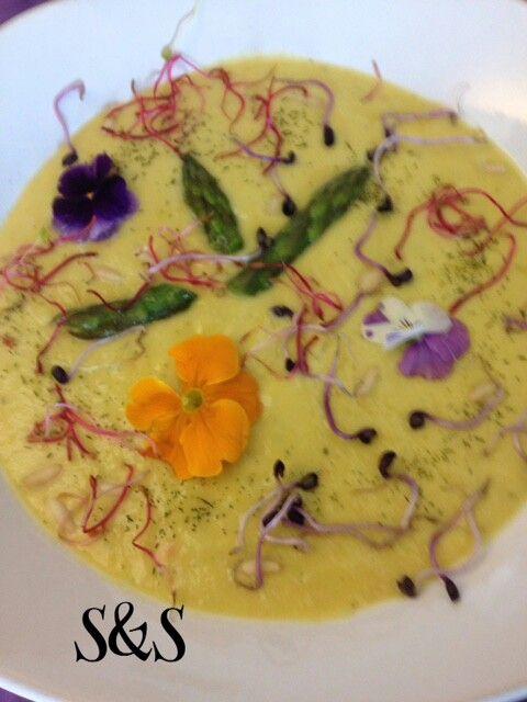 Zuppa crema di asparagi