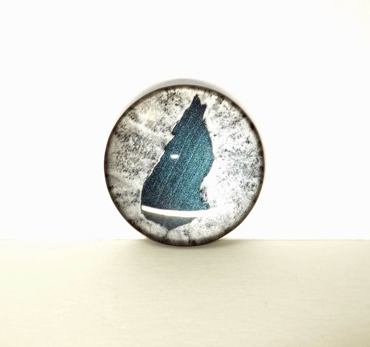 """Howling Wolf Hand Painted Round Glass Cabochon, 1.5"""" (38mm), Pendant, Unique, Key Chain Charm, Cosplay Jewelry, Fantasy Art by TheChaoticMindStudio on Etsy"""