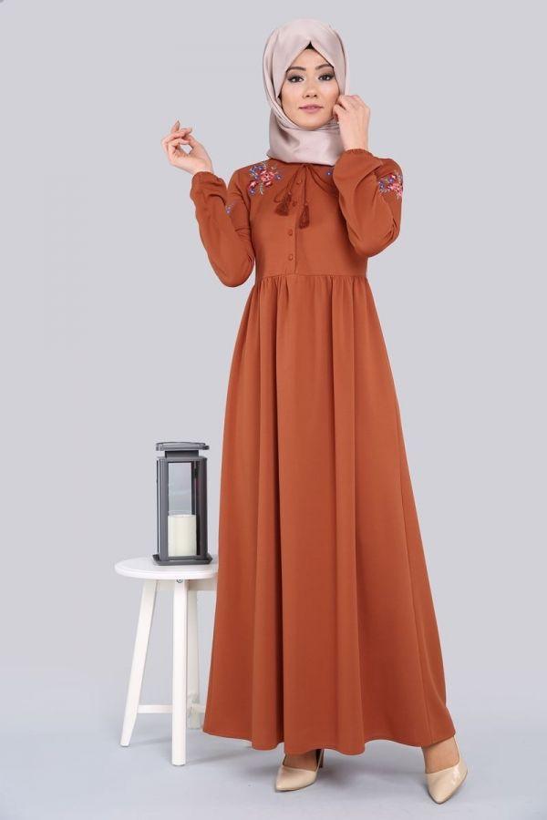 Yeni Urun Nakisli Tesettur Elbise Kiremit Urun Kodu Lrj6134 59 90 Tl The Dress Basortusu Modasi Islami Moda