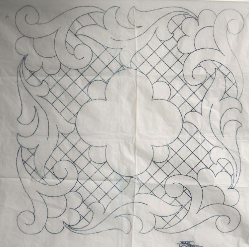 VINTAGE EMBROIDERY / QUILTING TRANSFER - CUSHION                                                                                                                                                                                 Más