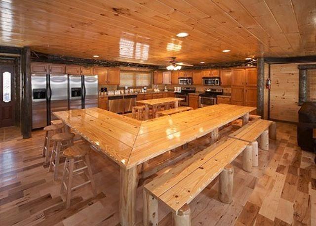 Gatlinburg Chalets And Cabins Rental Policies   Jackson Mountain Homes   Gatlinburg  Cabin Rentals