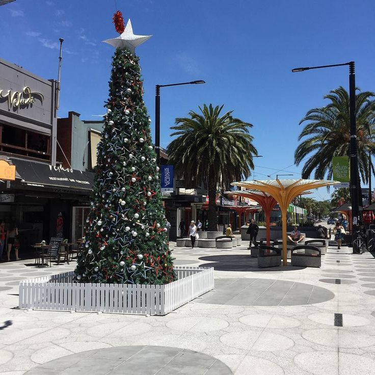 Part of #aclandstreet in #stkilda #melbourne #australia has been changed into a #mall Today it has a #christmastree