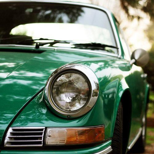 911 via MONSIEUR: Sports Cars, Classic Cars, Vintage Cars, Porsche 911, Cars Riding, Cars Accessories, Kelly Green, Green Cars, Vintage Green