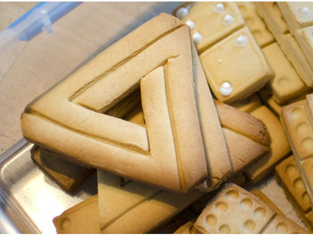 Impossible Triangle - Cookie Cutter by SavageRodent - Thingiverse