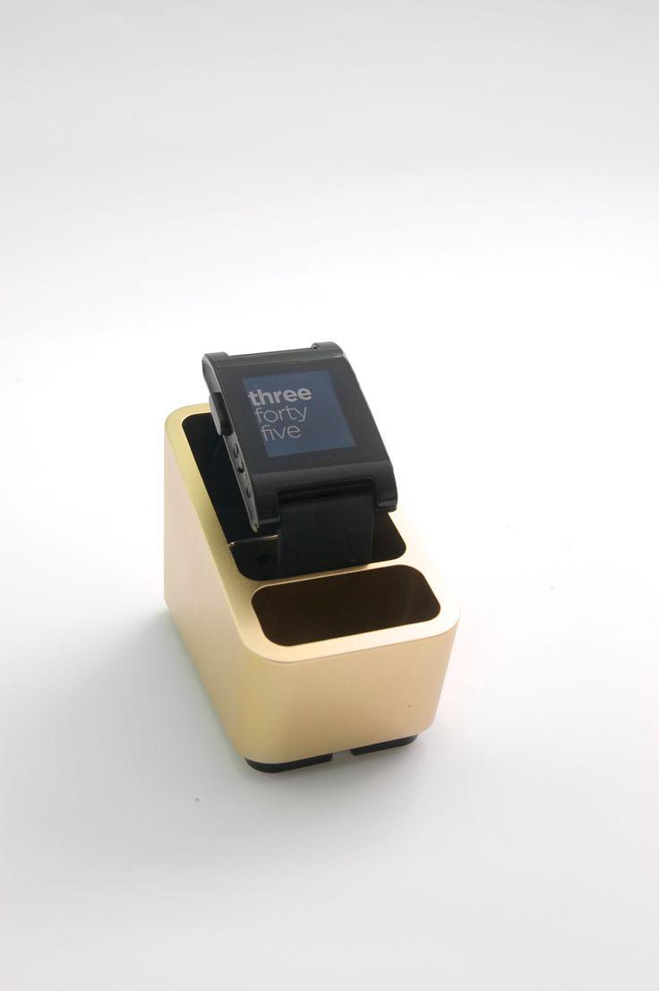 Www etradesupply com media uploaded iphone 5c vs iphone 5 screen jpg - Mezzo Smartwatch Dock By Coogobox Smartwatch Dock Wearables Gadgets