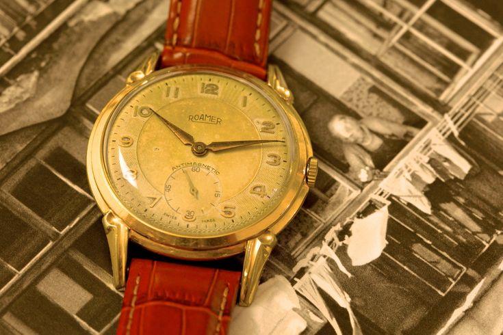 Art Nouveau Watch Roamer