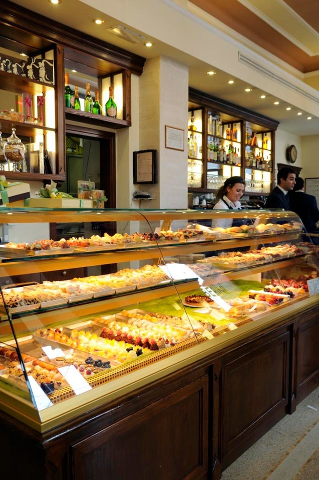 1000 Ideas About Bakery Display On Pinterest Pastry