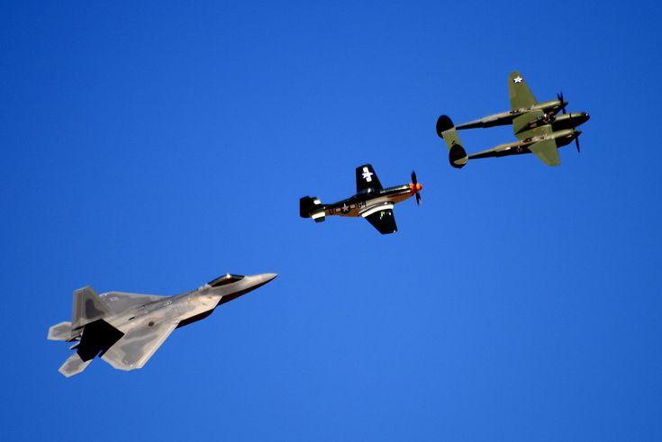 Yhdysvaltain ilmavoimat on yksi viidestä Yhdysvaltain asevoimien puolustushaarasta, joka perustettiin 18. syyskuuta 1947. Muut puolustushaarat ovat maavoimat, merivoimat, merijalkaväki ja rannikkovartiosto.