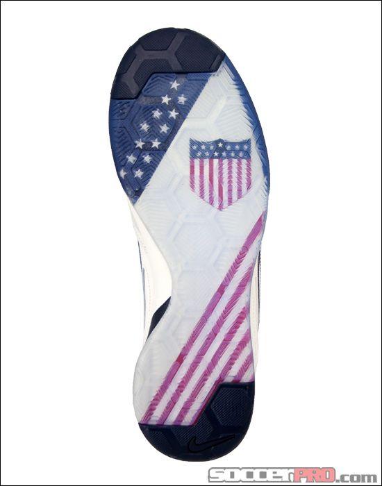 Nike5 Gato USA 100 Leather Indoor Soccer Shoe - Dark Obsidian...$74.99