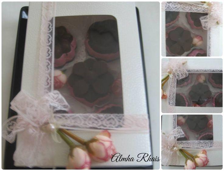 Raw Cupcakes in a pretty Box! For Ladies! By Almha Rhais