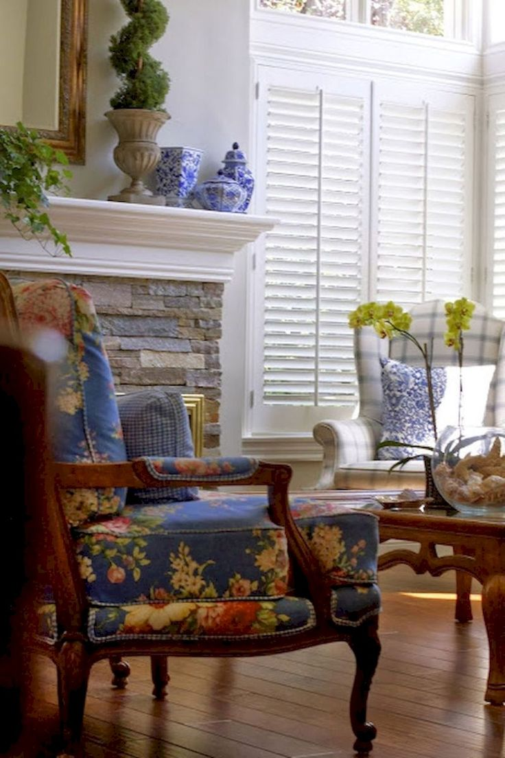 80 Fancy French Country Living Room Decor Ideas Living Room French Country Dining Room