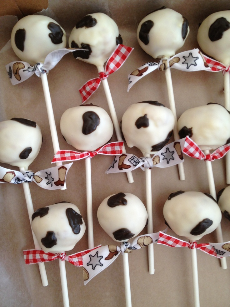 Best 25 Cow Print Cakes Ideas On Pinterest Cow Print