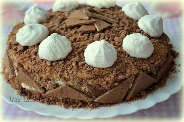 """Торт """"Медовик"""": один рецепт - два абсолютно разных торта:  450 г муки 1 яйцо 2 ст. ложки меда 150 г сахара 1 ч. ложка с горкой разрыхлителя 3 ст. ложки какао-порошка (вариант номер 1) 100 г сливочного масла/маргарин 100 мл молока большая щепотка соли"""
