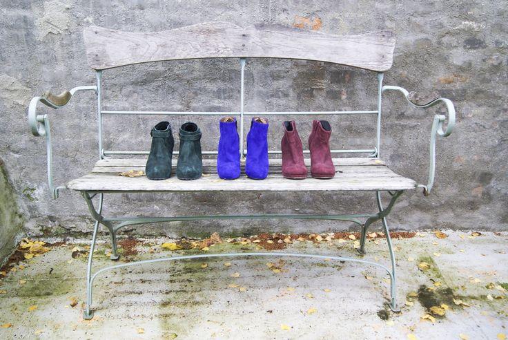 Leuke schoenen op een rij! Allemaal hebben ze een hak (van 6 tot 9 cm)  Groen: maat 36 van Begetti voor 29,95 Paars; maat 36 Mascaro voor 35,-  Bordeaux Rood: maat 37 van SPM voor 29,95 (nieuw 80,-)  Interesse? Mail dan naar jacobien@prinsene..., of kom langs in onze winkel. Woe t/m vrijdag 10.00 -17.00 en Za 12.00-17.00 #prinsenenprinsessen www.prinsenenprinsessen.com   #Mascaro #mascaro #spm #schoenen