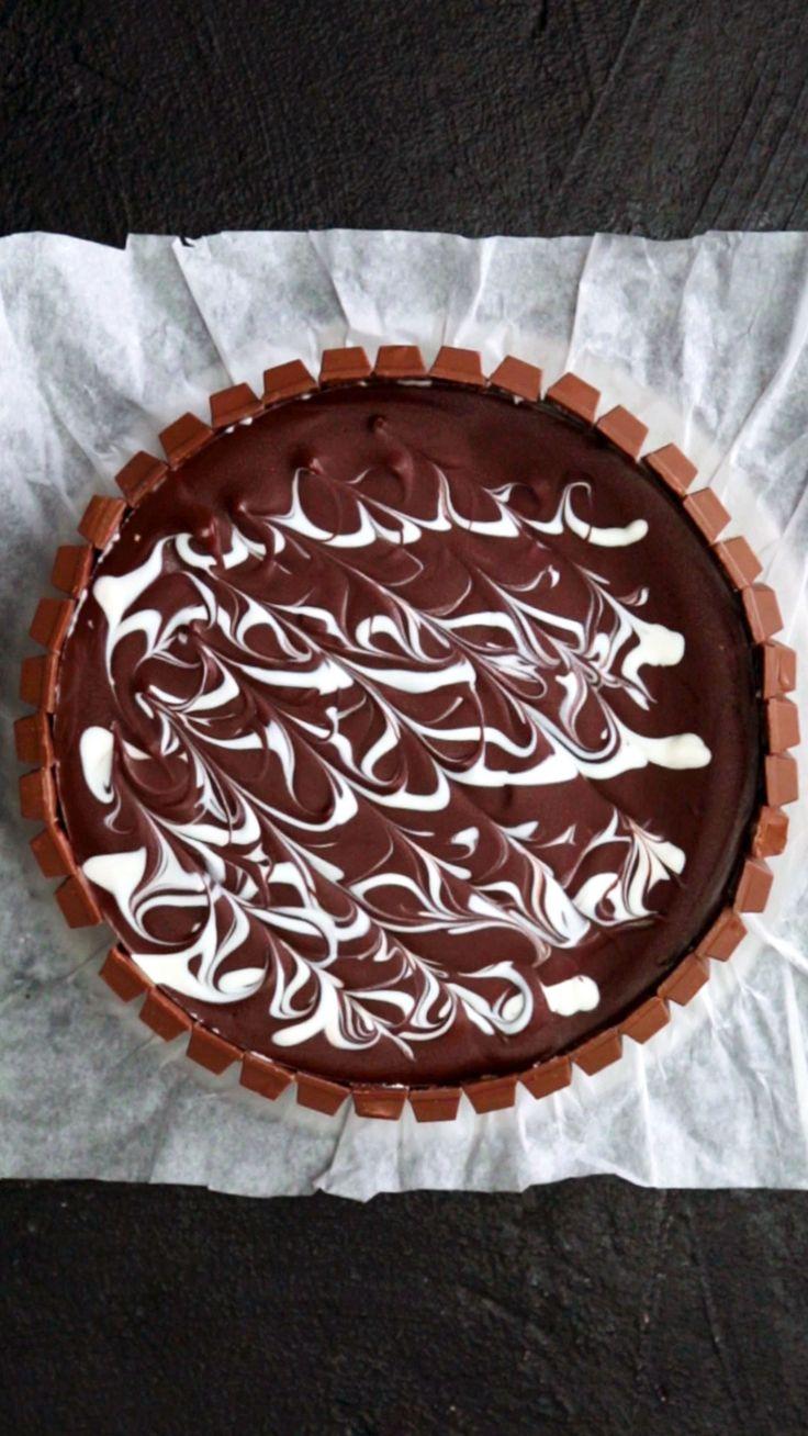 Kit Kat Cheesecake Swirl