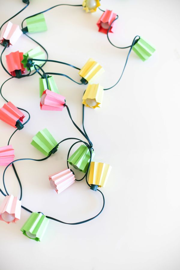 DIY: paper folded light strands
