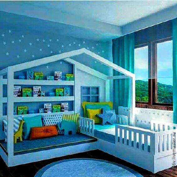 Купить или заказать Кроватка детская с игровым подиумом в интернет-магазине на Ярмарке Мастеров. Кроватка на заказ с игровым подиумом или вторым спальным местом. Любые размеры и пожелания... На фото - вариант идеи проекта Кстати, у нас всегда три варианта цены на детские кроватки: - 'БЮДЖЕТ' (без окраски) -'СТАНДАРТ' (с окраской, обычные материалы из дерева, отечественные краски) -'ЭЛИТ' (ортопедические ламели для матраса, дерево сорт экстра, импортные краски, доп.