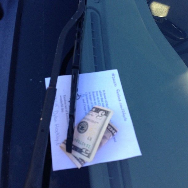 Act 6 of 26 putting $5 on a random strangers windshield in memory of Dylan Hockley #26acts