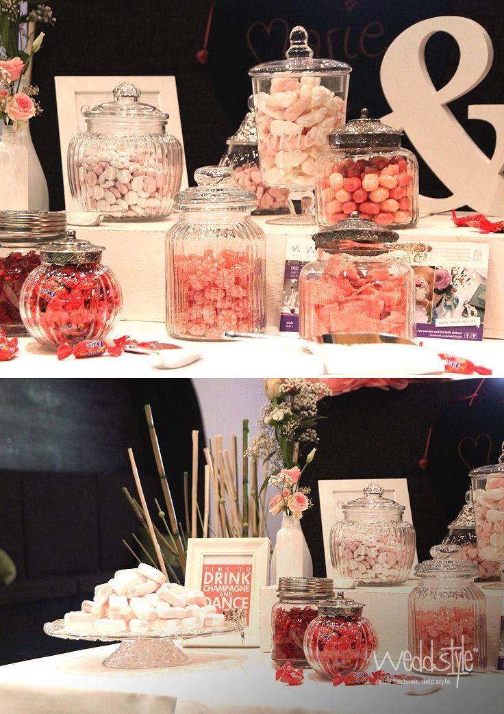 Süsse Candy-Bar mit Gläsern und Zubehör mieten. ww.weddstyle.de/hochzeit-candybar-mieten.html #weddstyle