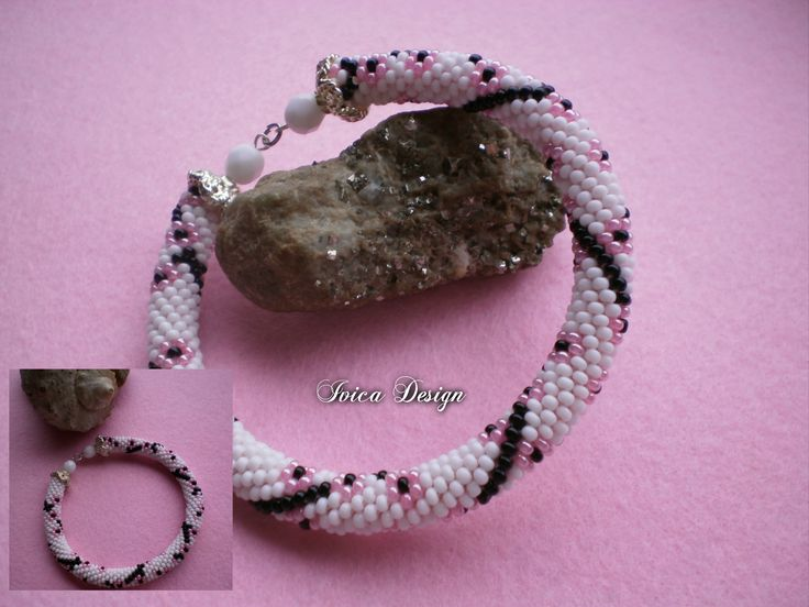Cherryblossom bead crochet bracelet <3 Folow me on my Facebook page: https://www.facebook.com/IvicaDesign/ Bu my jewellrys on: https://porteka.com/hu/ivica