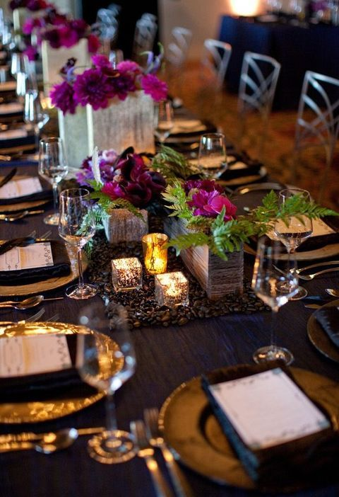 Fall is an amazing time of bold and vibrant colors, so why not rock them in your wedding decor? Purple, turquoise, navy, emerald, gold, red...