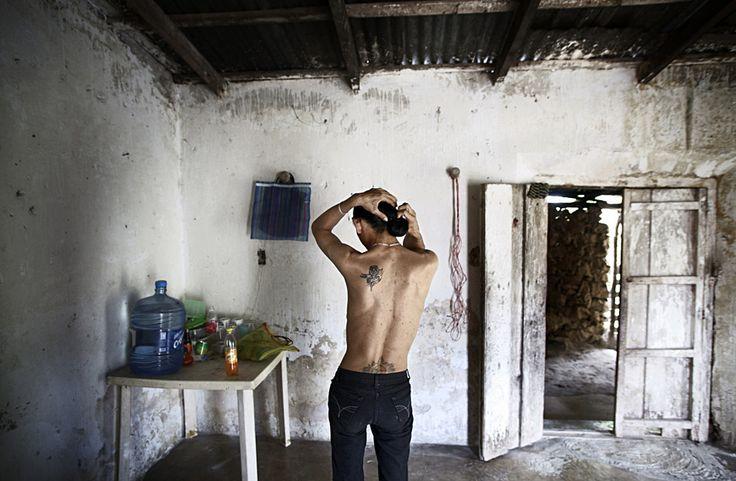 Fotos de Meeri Koutaniemi en Dionisio sin maletas. El Oasis, un albergue para seropositivos en México   FronteraD