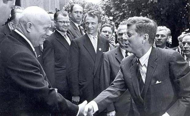 Американцы никогда не летали на Луну. СССР знал правду, но молчал » Военное обозрение