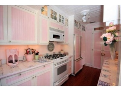 1000 Images About Pink Whimsical Cottage On Pinterest