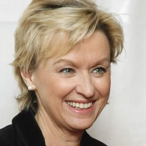 Tina Brown  (Don't know who she is but I really like this cut.)