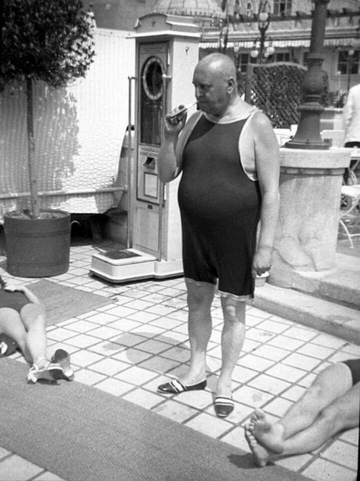 1930-as évek vége. Heltai Jenő a Gellért fürdőben.