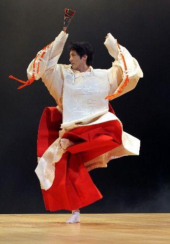 Japanese Kyogen theater actor, Mansai NOMURA 狂言 野村萬斎