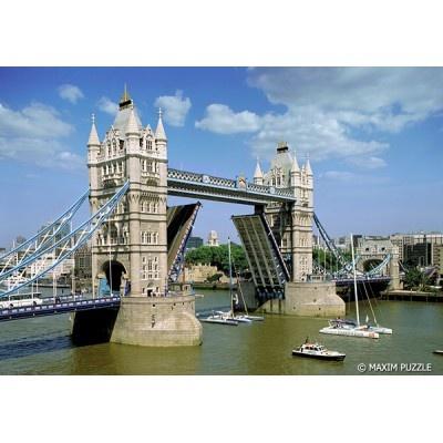 Puzzle z obrazkiem TOWER BRIDGE. Opakowanie zawiera 600 elementów. Doskonała rozrywka dla całej rodziny!