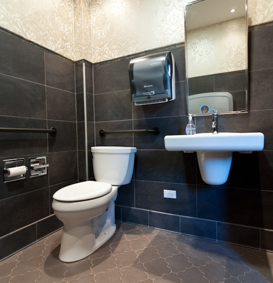 Office bathroom decorating ideas commercial office for Office bathroom ideas