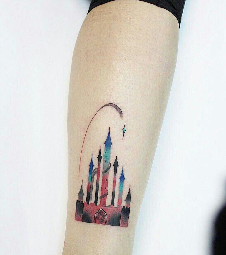 Tattoo done by: Ann Lilya #castillo #castletattoo #castle