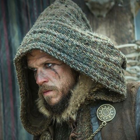 Happy Birthday to our favorite #Vikings trickster, #GustafSkarsgard!