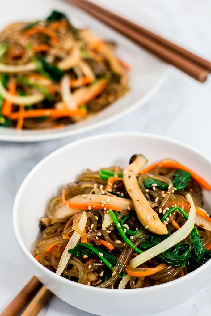 My Mom S Japchae Korean Glass Noodles Recipe Made Into A Vegan Friendly Version Sweet An In 2020 Asian Vegetarian Recipes Glass Noodles Recipe Asian Noodle Recipes