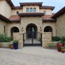 1000 images about front courtyard ideas on pinterest for Entry courtyard design ideas