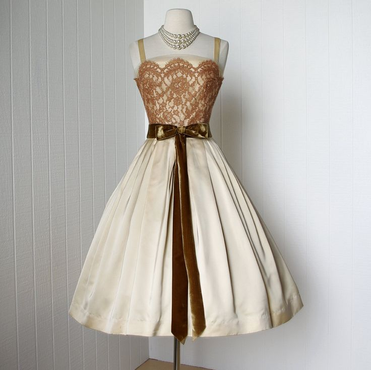 1950's dress ...gorgeous designer Harry Keiser, champagne satin, scalloped lace, tulle full skirt cocktail dress