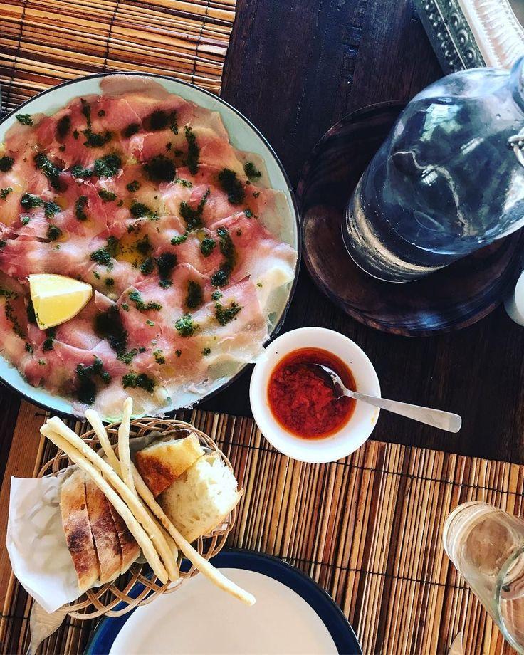 📷 @foodbymene  'Tuna Capaccio 🇮🇩 #tuna #capaccio #indonesiafood #lombok #asahan #gili #food #food #foodaroundtheworld #tasteintravel #foodie #foodporn #foodblogger #foodlover #sun #travel'  #regram #nautilusrestaurant #giliasahan #freshfish #italianstyle #selfmadebread #lunchtime #bloggerslife #islandlife #eatswimlove #lombok #indonesia #travel #passportready