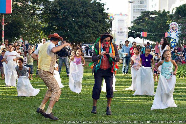 O I Encontro Criança & Cultura acontece domingo, dia 28 de julho, no Parque Novo Mundo, zona norte. Além de brincadeiras, o evento vai promover atividades circenses e musicais. A entrada é Catraca Livre.