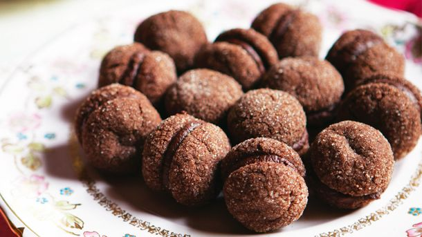 Chocolate kisses | New World Supermarket